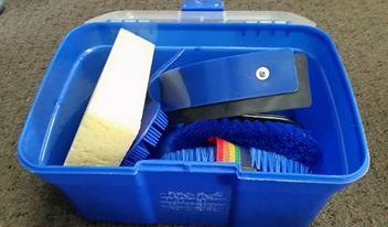 Blue 8 Piece Grooming Kit