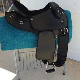 Saddle – Half Breed Synthetic Black 18″